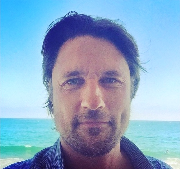 martin-henderson-plays-new-surgeon-on-the-upcoming-season-of-the-long-running-television-series-greys-anatomy
